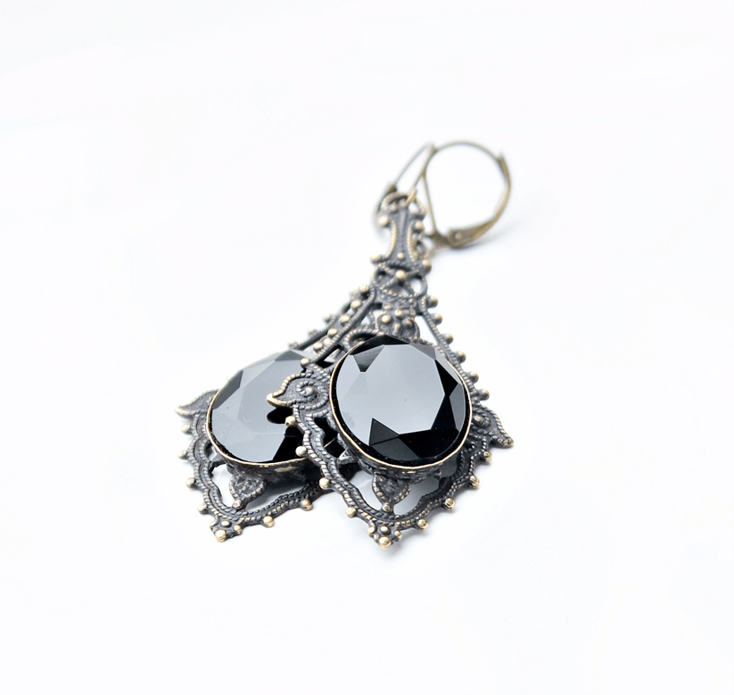 how to take pictures of jewelry for website